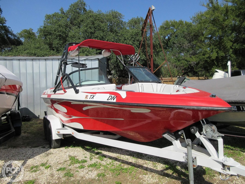 2004 MB Sports boat for sale, model of the boat is B52 & Image # 25 of 40