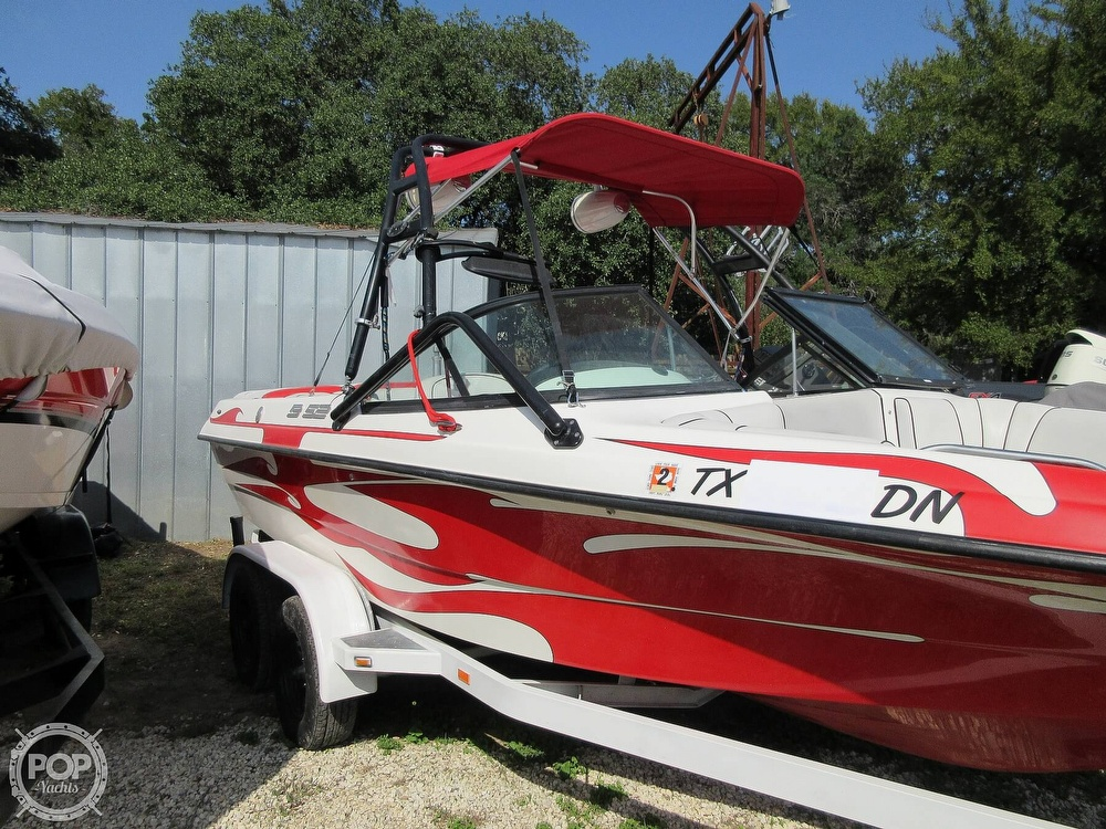 2004 MB Sports boat for sale, model of the boat is B52 & Image # 27 of 40