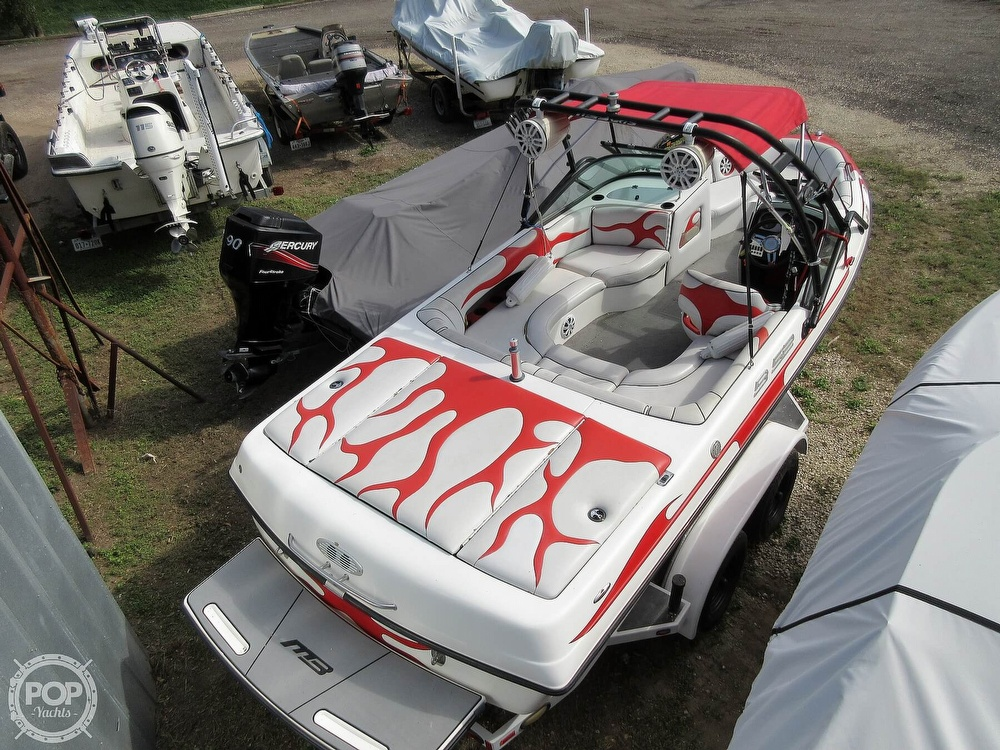 2004 MB Sports boat for sale, model of the boat is B52 & Image # 2 of 40