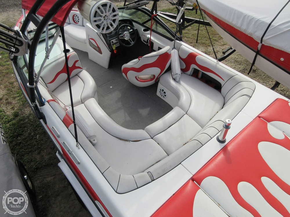 2004 MB Sports boat for sale, model of the boat is B52 & Image # 4 of 40