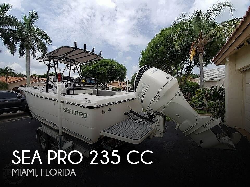 2000 Sea Pro boat for sale, model of the boat is 235 CC & Image # 1 of 41