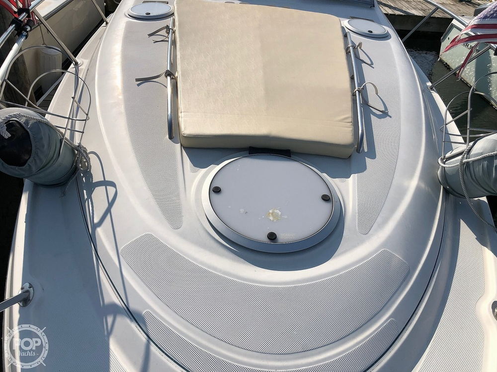 1999 Maxum boat for sale, model of the boat is 3000 SCR & Image # 27 of 40