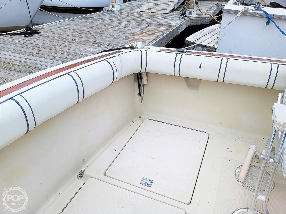 1985 Tiara Yachts boat for sale, model of the boat is 3600 Pursuit & Image # 12 of 40