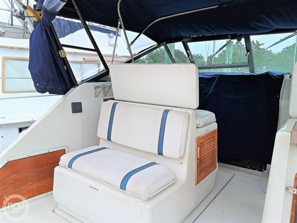 1985 Tiara Yachts boat for sale, model of the boat is 3600 Pursuit & Image # 23 of 40