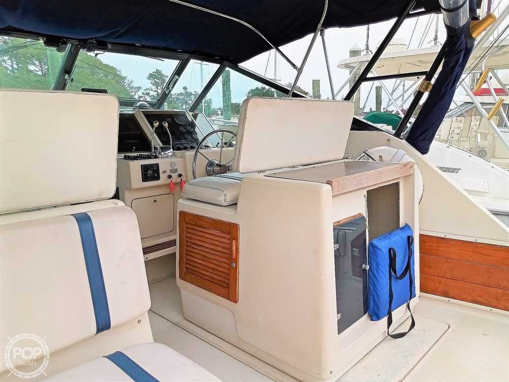 1985 Tiara Yachts boat for sale, model of the boat is 3600 Pursuit & Image # 24 of 40