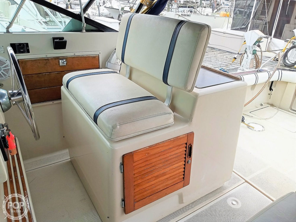 1985 Tiara Yachts boat for sale, model of the boat is 3600 Pursuit & Image # 36 of 40