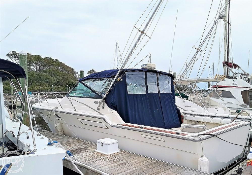 1985 Tiara Yachts boat for sale, model of the boat is 3600 Pursuit & Image # 2 of 40