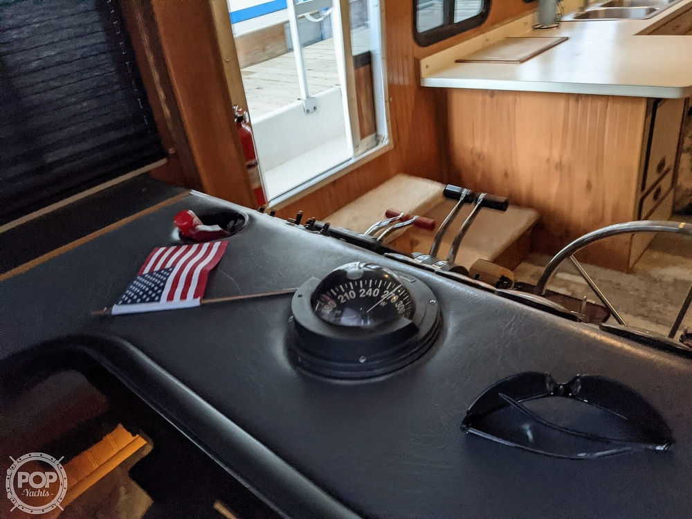1993 Gibson boat for sale, model of the boat is 50 Sport Series & Image # 27 of 40