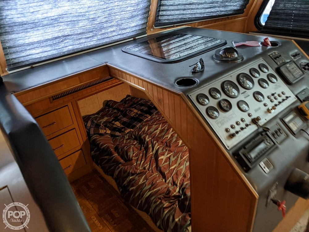 1993 Gibson boat for sale, model of the boat is 50 Sport Series & Image # 40 of 40
