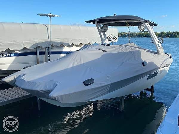 2018 Malibu boat for sale, model of the boat is 22MXZ & Image # 2 of 41