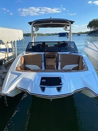 2018 Malibu boat for sale, model of the boat is 22MXZ & Image # 10 of 41
