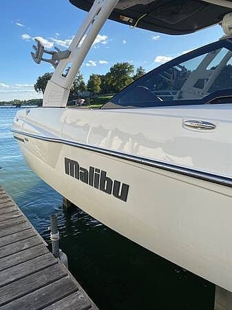2018 Malibu boat for sale, model of the boat is 22MXZ & Image # 21 of 41