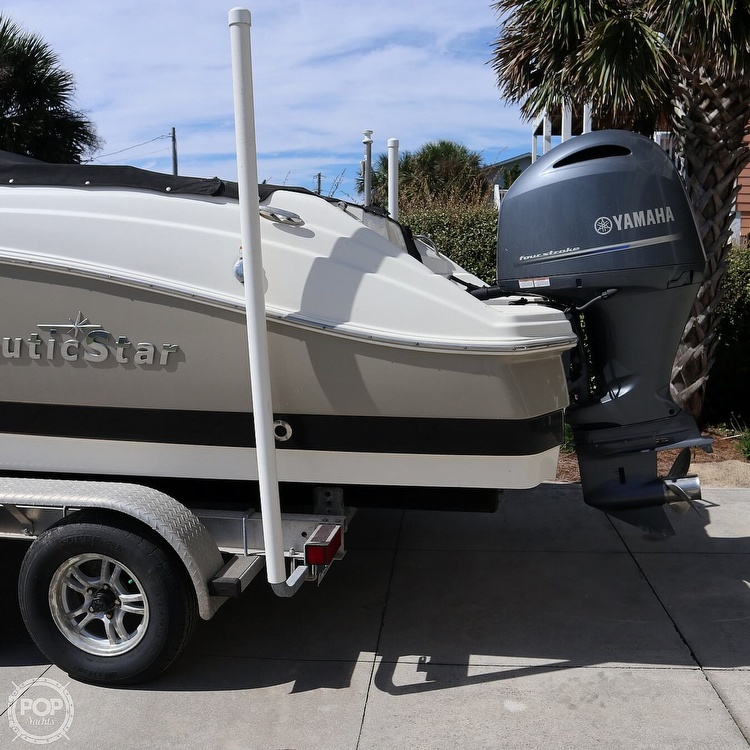 2017 Nautic Star boat for sale, model of the boat is 223DC & Image # 9 of 41