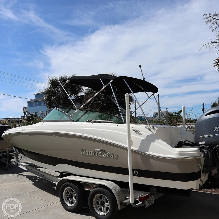 2017 Nautic Star boat for sale, model of the boat is 223DC & Image # 14 of 41