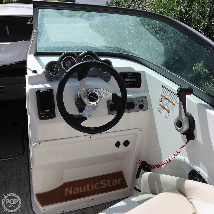 2017 Nautic Star boat for sale, model of the boat is 223DC & Image # 20 of 41