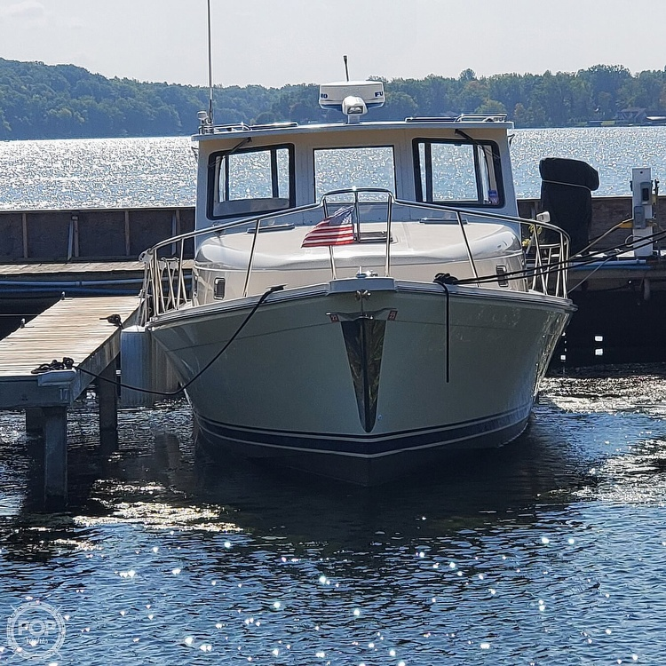 2005 Mainship boat for sale, model of the boat is 34 Pilot Sedan Rum Runner II & Image # 6 of 40