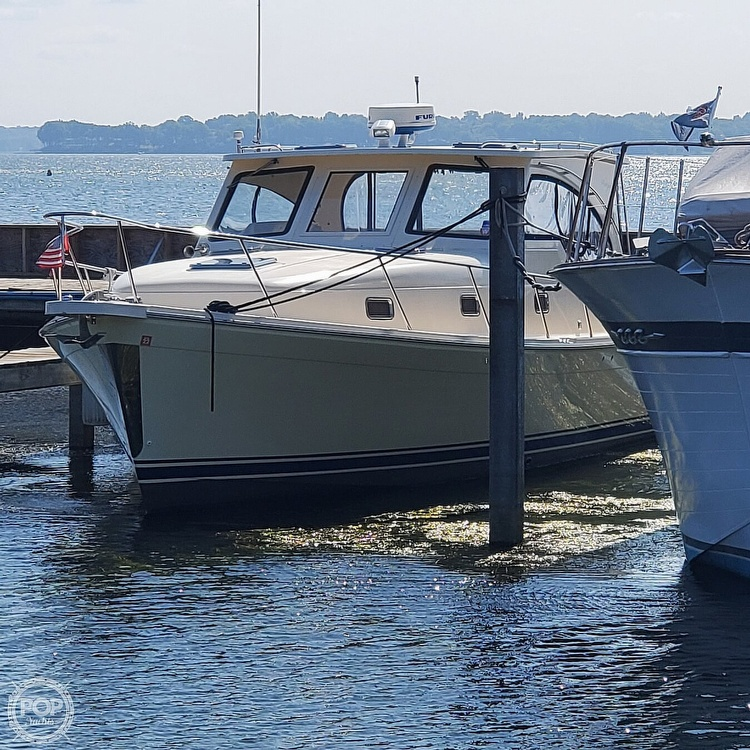 2005 Mainship boat for sale, model of the boat is 34 Pilot Sedan Rum Runner II & Image # 7 of 40