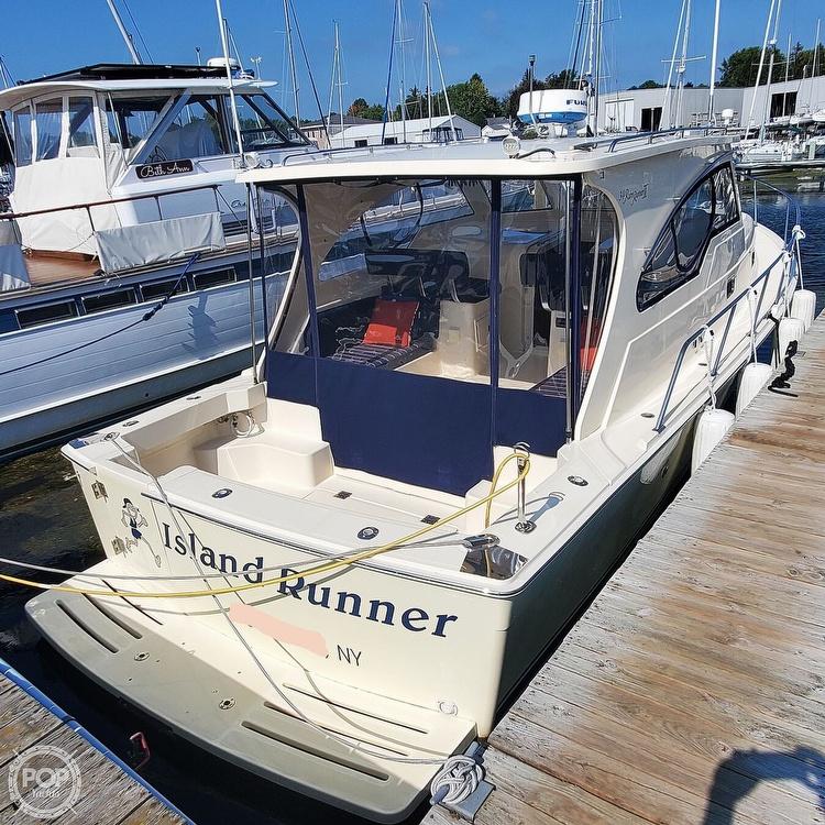 2005 Mainship boat for sale, model of the boat is 34 Pilot Sedan Rum Runner II & Image # 9 of 40
