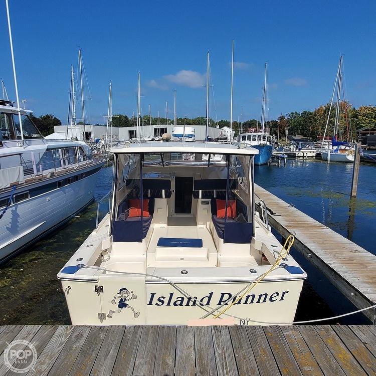 2005 Mainship boat for sale, model of the boat is 34 Pilot Sedan Rum Runner II & Image # 11 of 40
