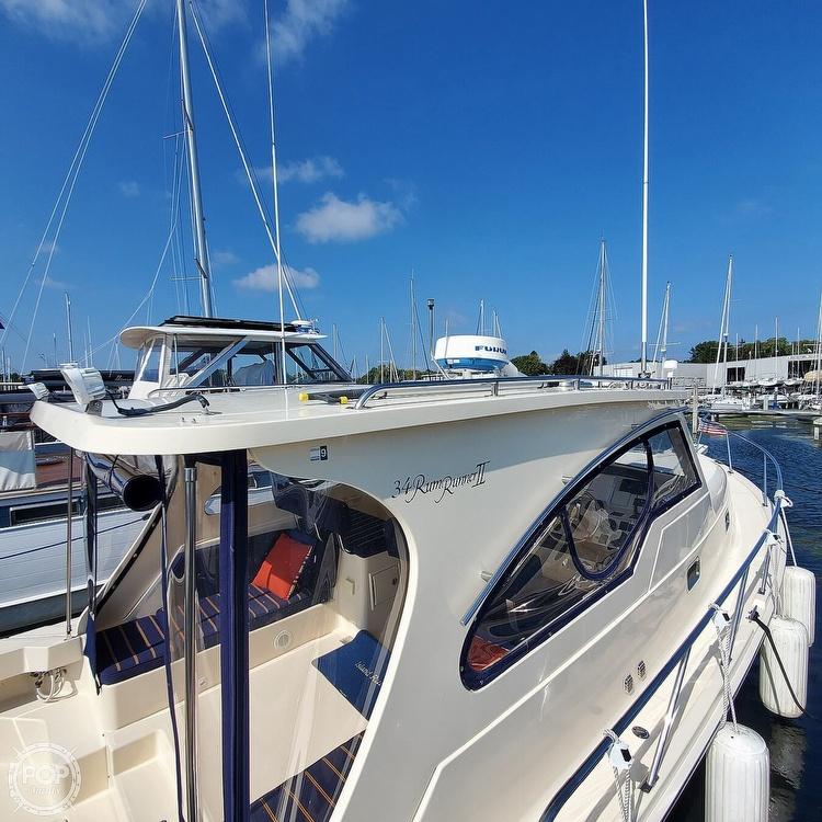 2005 Mainship boat for sale, model of the boat is 34 Pilot Sedan Rum Runner II & Image # 12 of 40