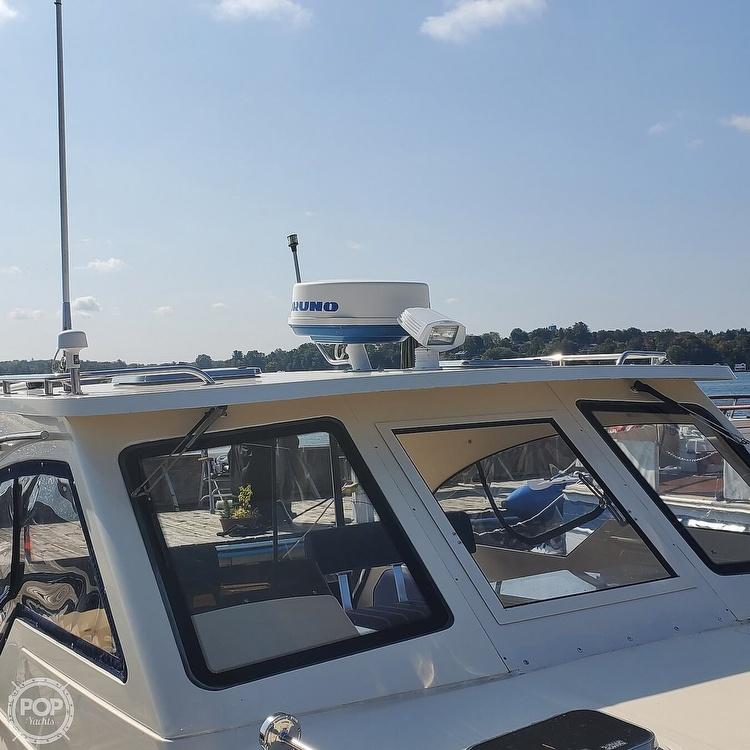 2005 Mainship boat for sale, model of the boat is 34 Pilot Sedan Rum Runner II & Image # 15 of 40
