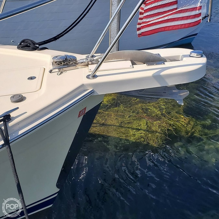 2005 Mainship boat for sale, model of the boat is 34 Pilot Sedan Rum Runner II & Image # 18 of 40