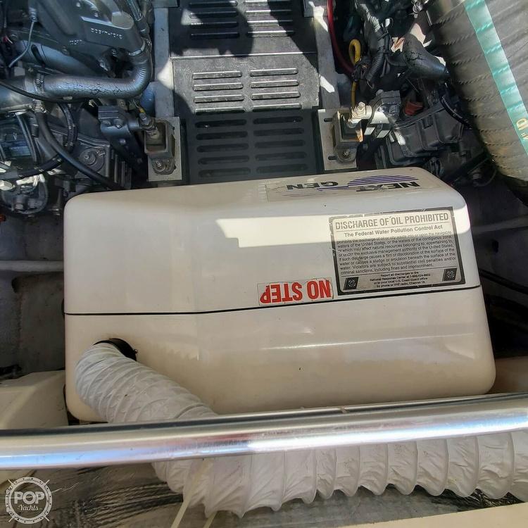 2005 Mainship boat for sale, model of the boat is 34 Pilot Sedan Rum Runner II & Image # 28 of 40