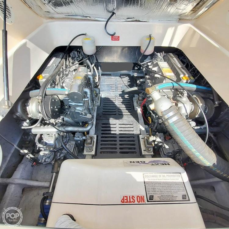 2005 Mainship boat for sale, model of the boat is 34 Pilot Sedan Rum Runner II & Image # 27 of 40