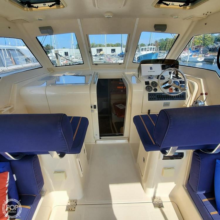 2005 Mainship boat for sale, model of the boat is 34 Pilot Sedan Rum Runner II & Image # 37 of 40