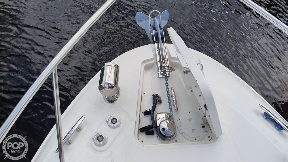 2012 Sea Ray boat for sale, model of the boat is 310 sundancer & Image # 10 of 40