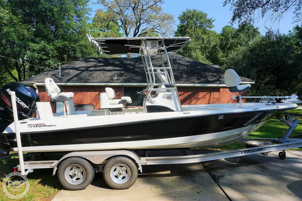 2018 Triton boat for sale, model of the boat is 220 LTS Pro Tournament Edition & Image # 14 of 40
