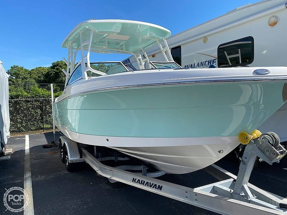 2018 Robalo boat for sale, model of the boat is R247 & Image # 3 of 40