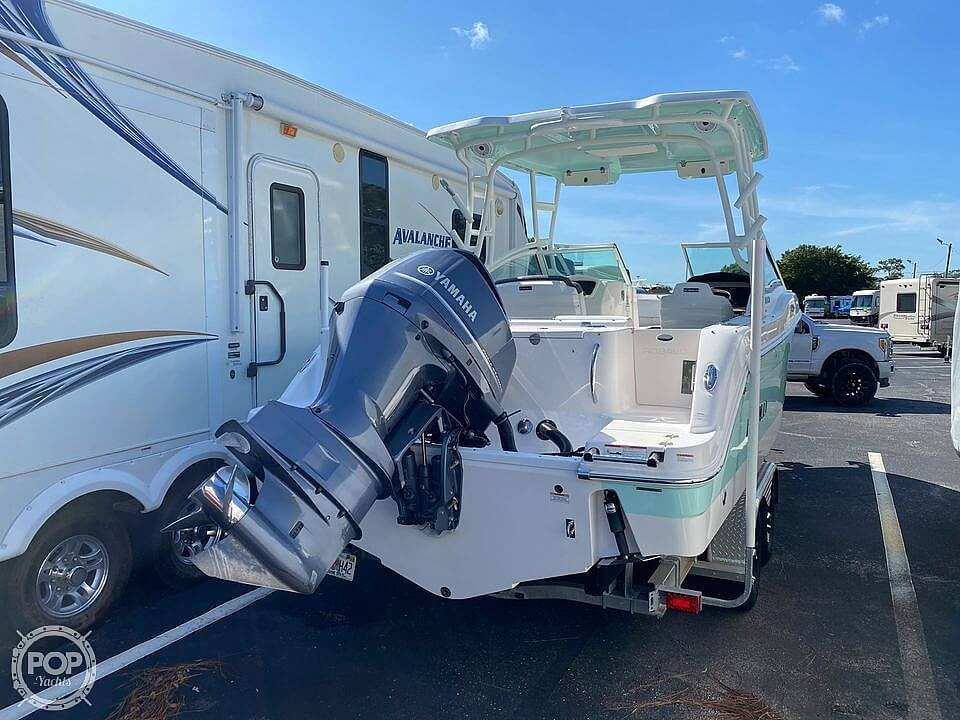 2018 Robalo boat for sale, model of the boat is R247 & Image # 4 of 40