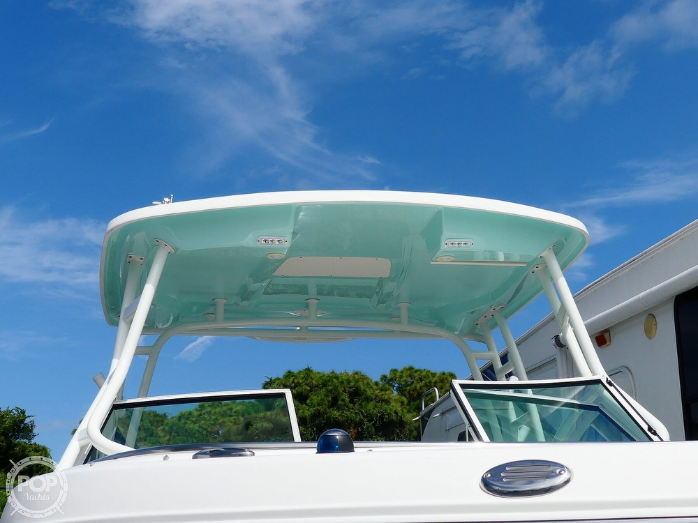 2018 Robalo boat for sale, model of the boat is R247 & Image # 30 of 40