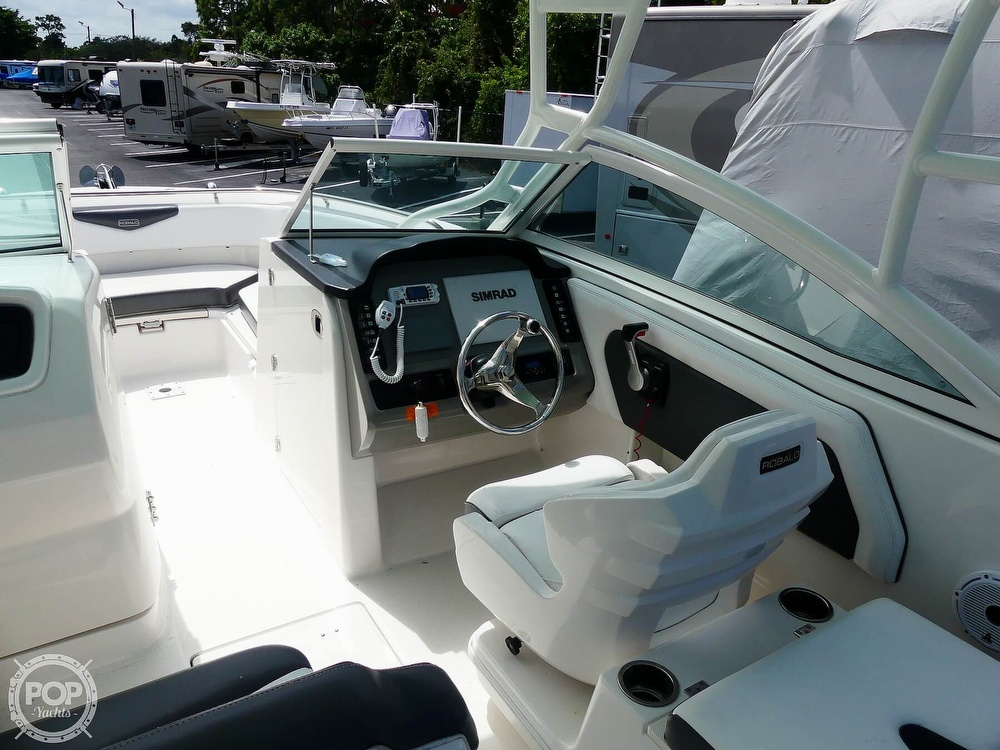 2018 Robalo boat for sale, model of the boat is R247 & Image # 8 of 40