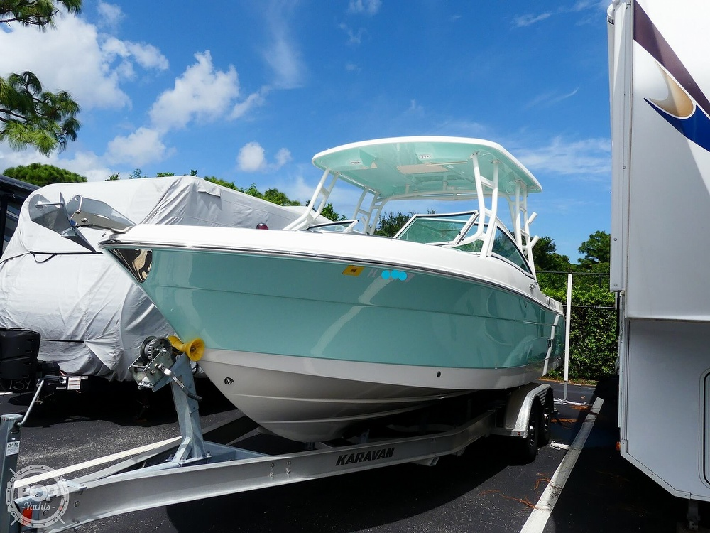 2018 Robalo boat for sale, model of the boat is R247 & Image # 2 of 40