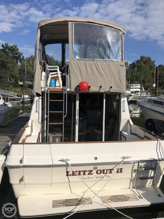 1987 Sea Ray boat for sale, model of the boat is 340 SDB & Image # 11 of 40
