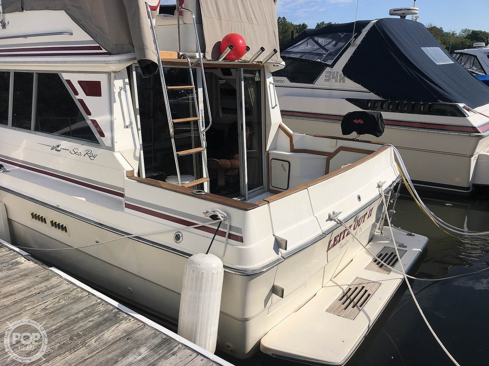 1987 Sea Ray boat for sale, model of the boat is 340 SDB & Image # 14 of 40