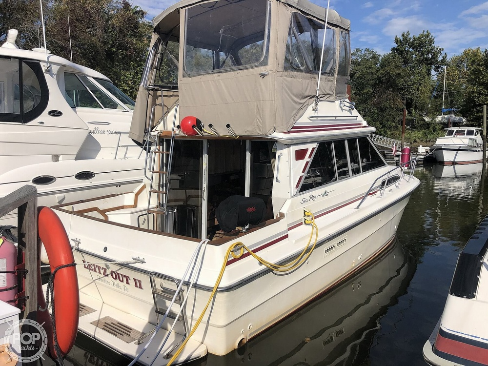 1987 Sea Ray boat for sale, model of the boat is 340 SDB & Image # 19 of 40