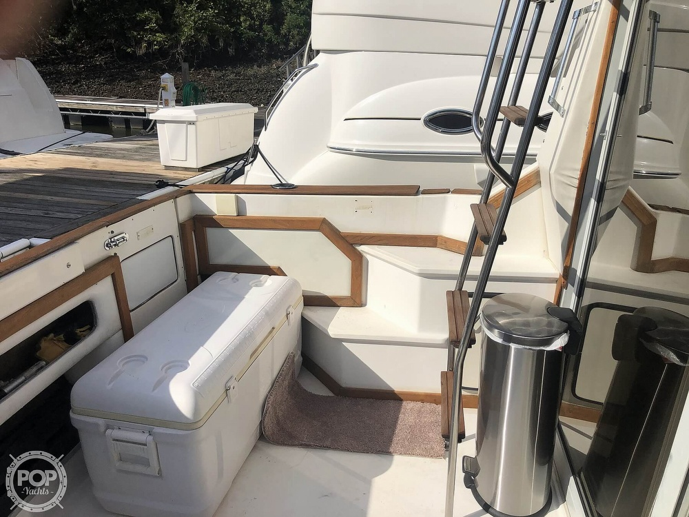 1987 Sea Ray boat for sale, model of the boat is 340 SDB & Image # 38 of 40