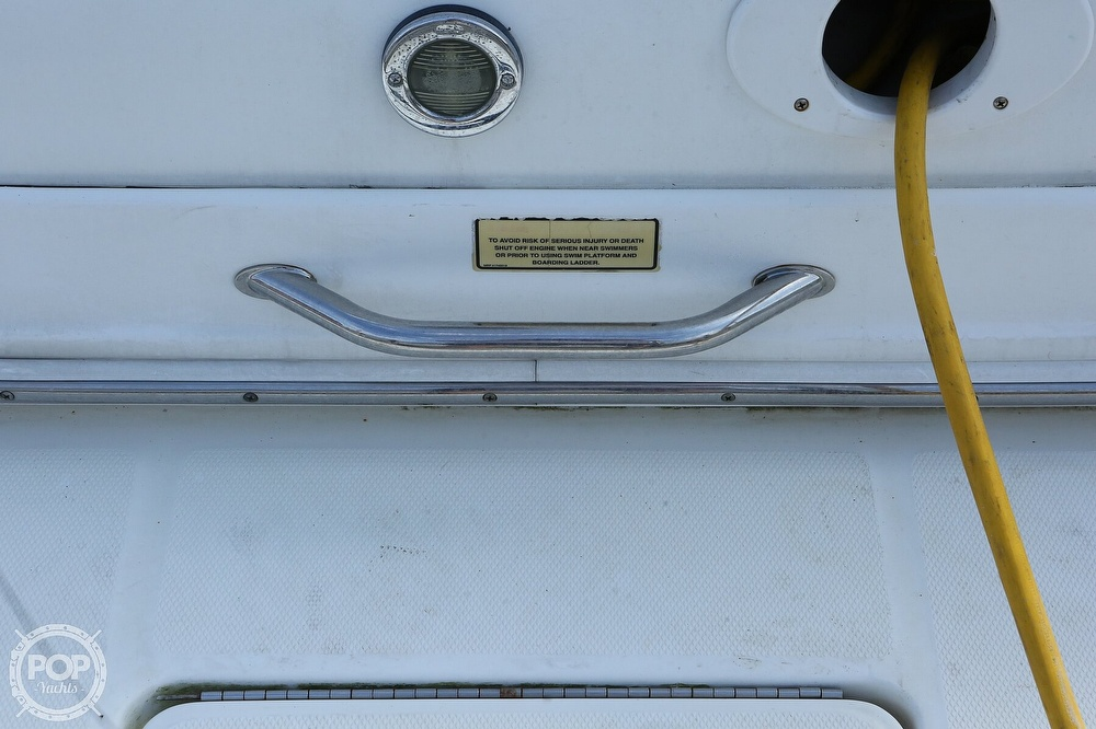 2004 Sea Ray boat for sale, model of the boat is 290 Amberjack & Image # 15 of 40