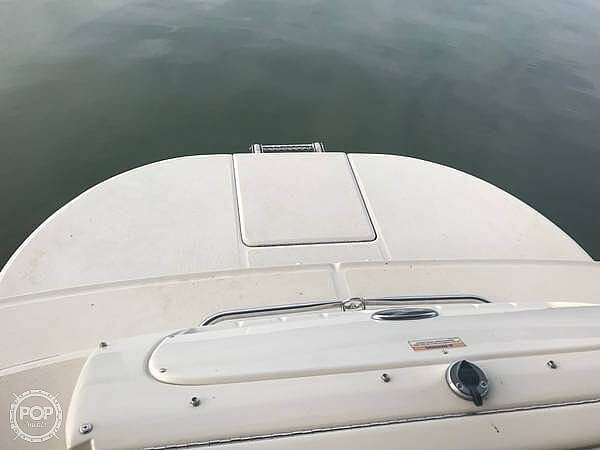 2006 Sea Ray boat for sale, model of the boat is 240 Sundeck & Image # 23 of 40