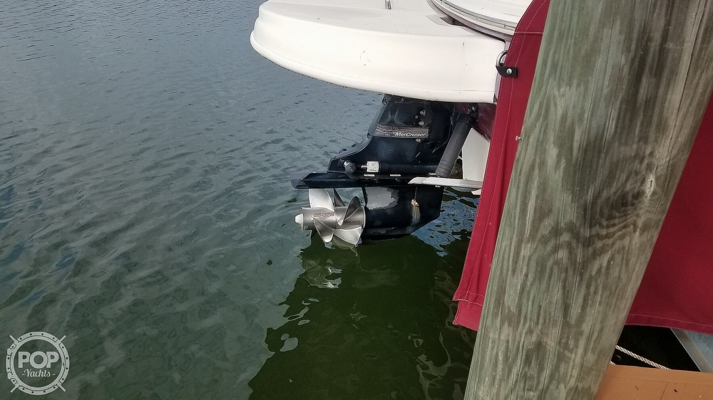 2006 Sea Ray boat for sale, model of the boat is 240 Sundeck & Image # 14 of 40
