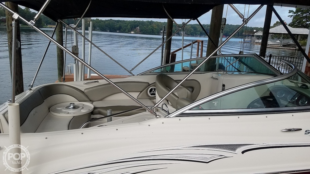 2006 Sea Ray boat for sale, model of the boat is 240 Sundeck & Image # 10 of 40