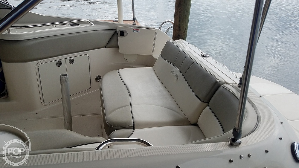 2006 Sea Ray boat for sale, model of the boat is 240 Sundeck & Image # 32 of 40