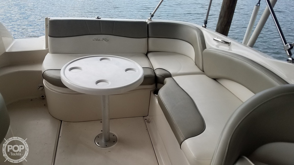 2006 Sea Ray boat for sale, model of the boat is 240 Sundeck & Image # 30 of 40