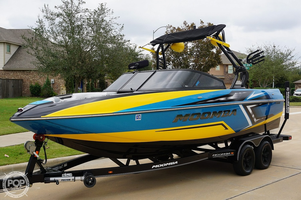 2017 Moomba boat for sale, model of the boat is Craz Surf Edition & Image # 6 of 40