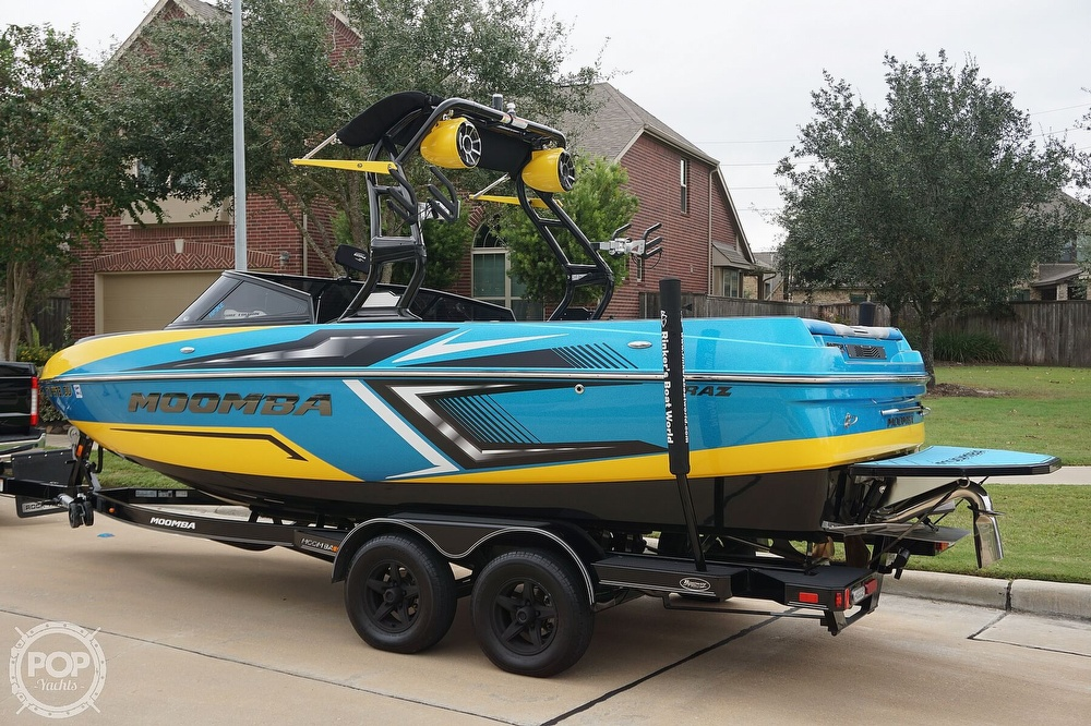 2017 Moomba boat for sale, model of the boat is Craz Surf Edition & Image # 8 of 40