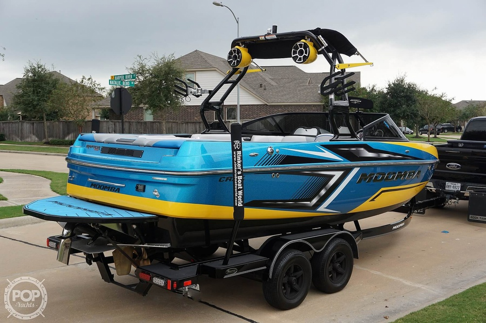 2017 Moomba boat for sale, model of the boat is Craz Surf Edition & Image # 10 of 40