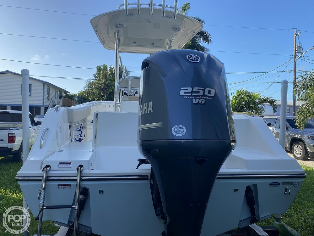 2014 Cobia boat for sale, model of the boat is 237 & Image # 4 of 40